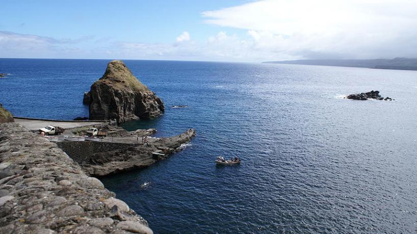 Nos Açores, empresas aproveitam a crise para despedimentos e obrigar trabalhadores a gozar férias