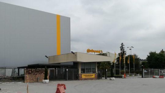 Continental dispensa precários em Famalicão e anuncia encerramento de fábrica em Palmela