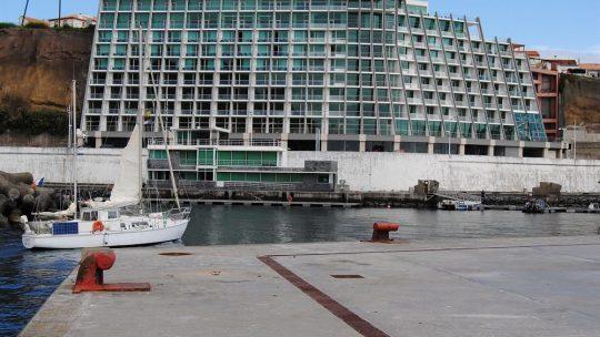 Angra Marina Hotel: unidade hoteleira da ilha Terceira despede em período experimental e deve salários