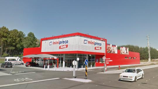 Minipreço: loja em Viana do Castelo força trabalho suplementar gratuito sob chantagem e despede precários
