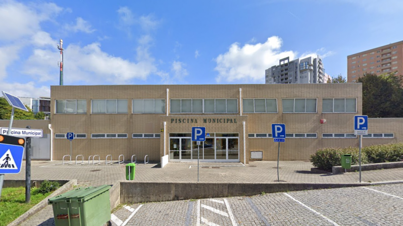 Câmara Municipal de Gaia deixa 80 profissionais precários das piscinas municipais sem trabalho e sem rendimentos