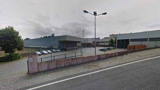 Movelpartes: grupo Sonae encerra fábrica em Paredes e atira 43 trabalhadores para o desemprego
